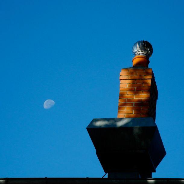 Cheminée avec lune